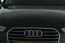 voorbumper en motorkap - lichte steenslag