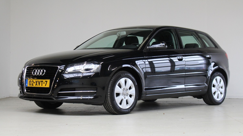 Audi A3 Hatchback 2012 02-XVT-7 1
