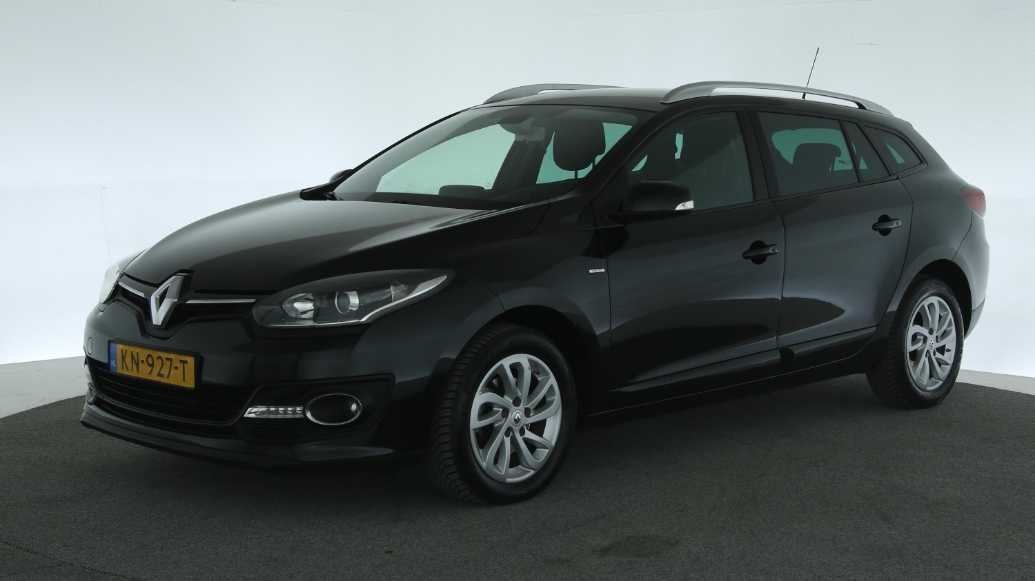 Renault Mégane Station 2015 KN-927-T 1