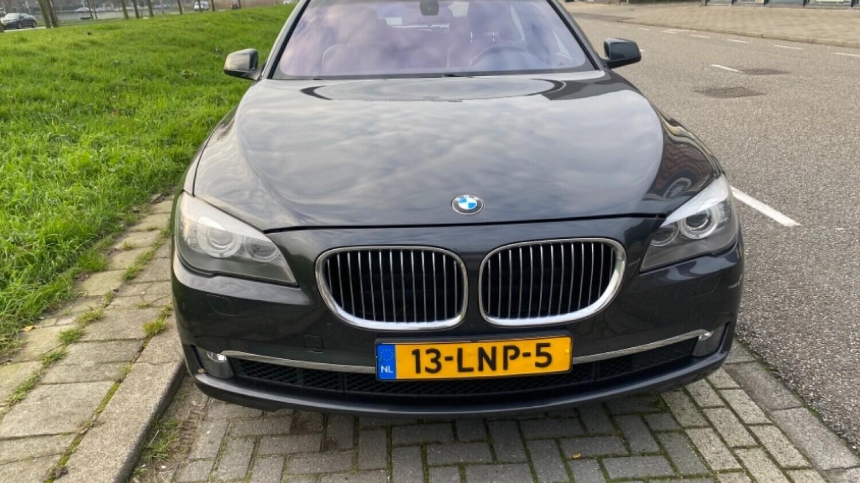 BMW 7-serie Sedan 2010 13-LNP-5 1