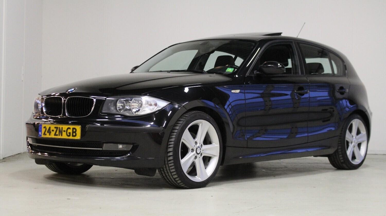BMW 1-serie Hatchback 2007 24-ZN-GB 1
