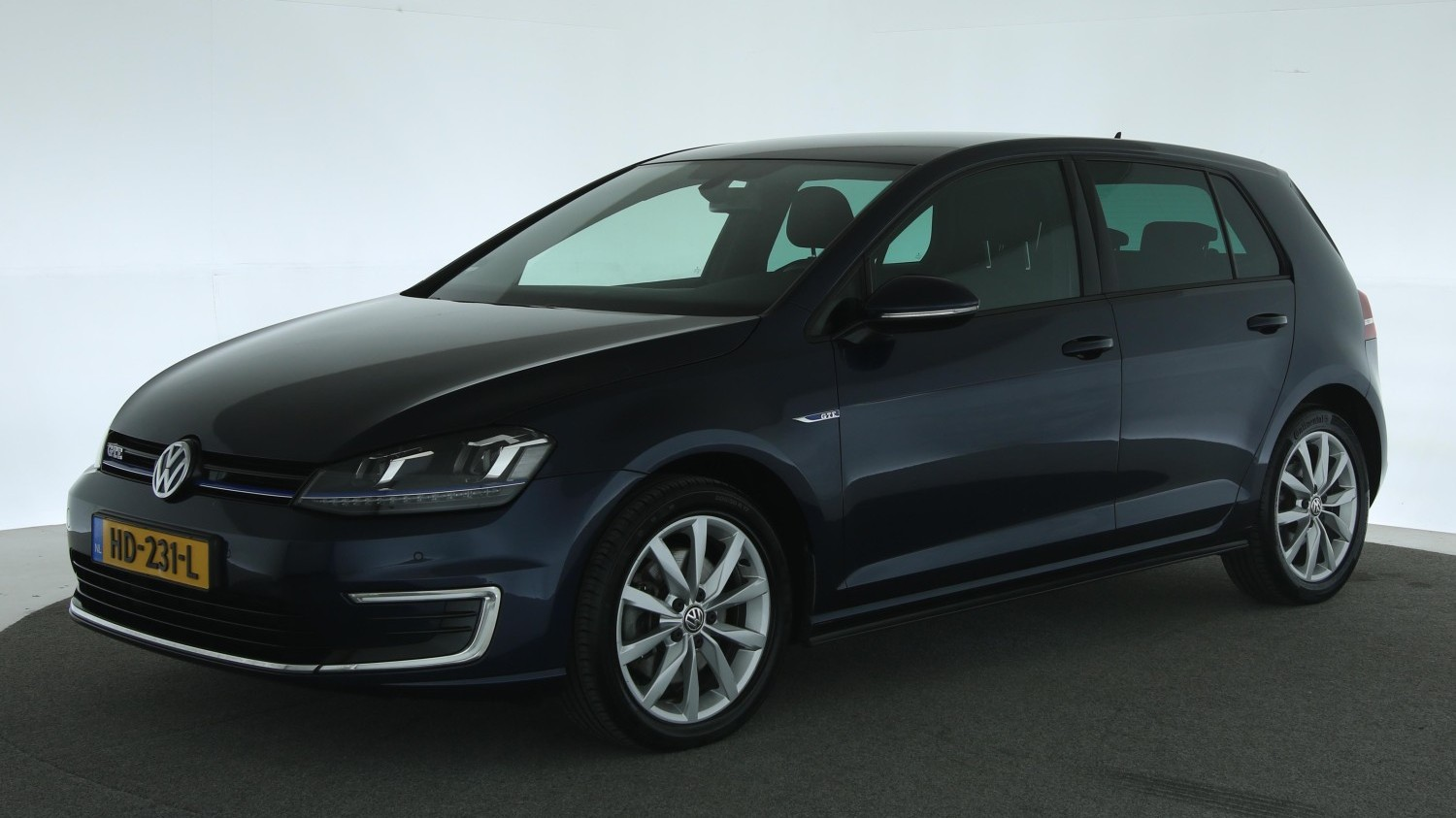 Volkswagen Golf Hatchback 2015 HD-231-L 1