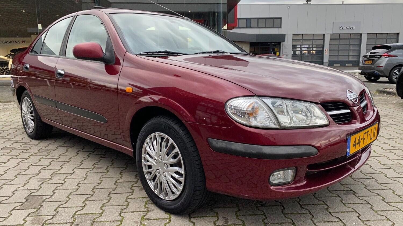 Nissan Almera Sedan 2000 44-FT-LR 1