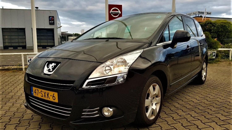Peugeot 5008 MPV 2012 47-SXK-6 1