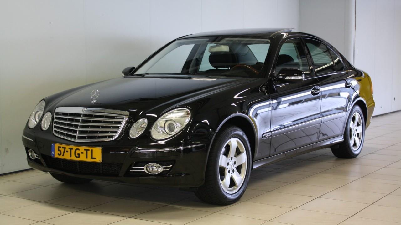 Mercedes-Benz E-Klasse Sedan 2006 57-TG-TL 1