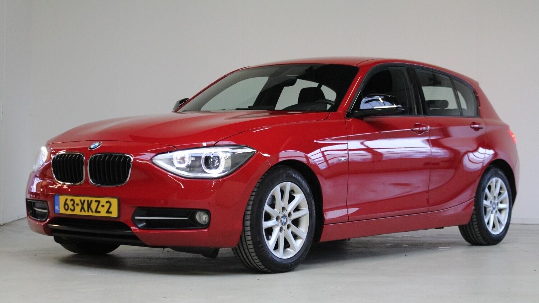 BMW 1-serie Hatchback 2012 63-XKZ-2 1