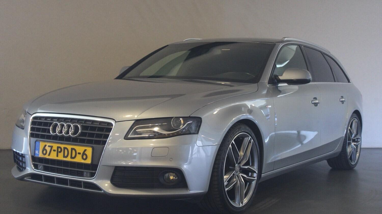 Audi A4 Station 2011 67-PDD-6 1