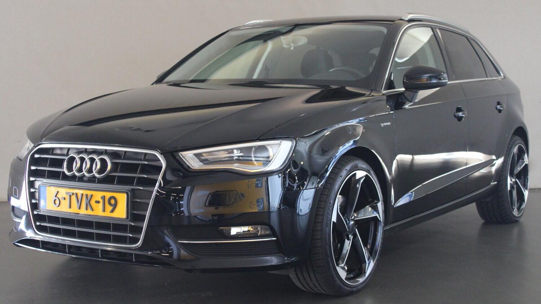 Audi A3 Hatchback 2014 6-TVK-19 1