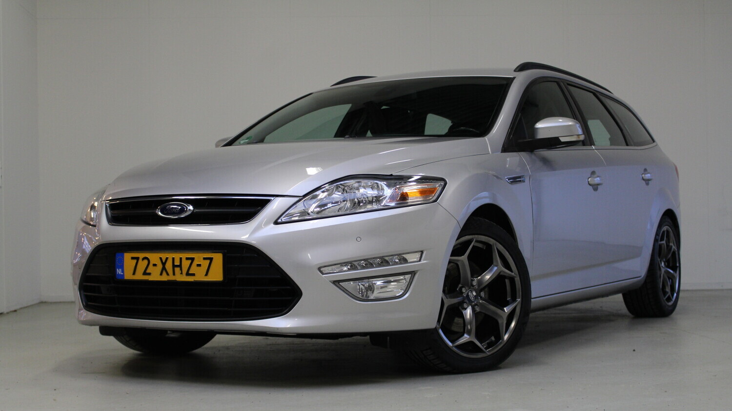 Ford Mondeo Station 2012 72-XHZ-7 1