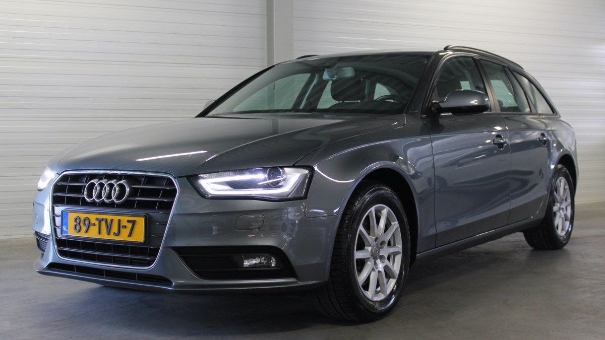 Audi A4 Station 2012 89-TVJ-7 1