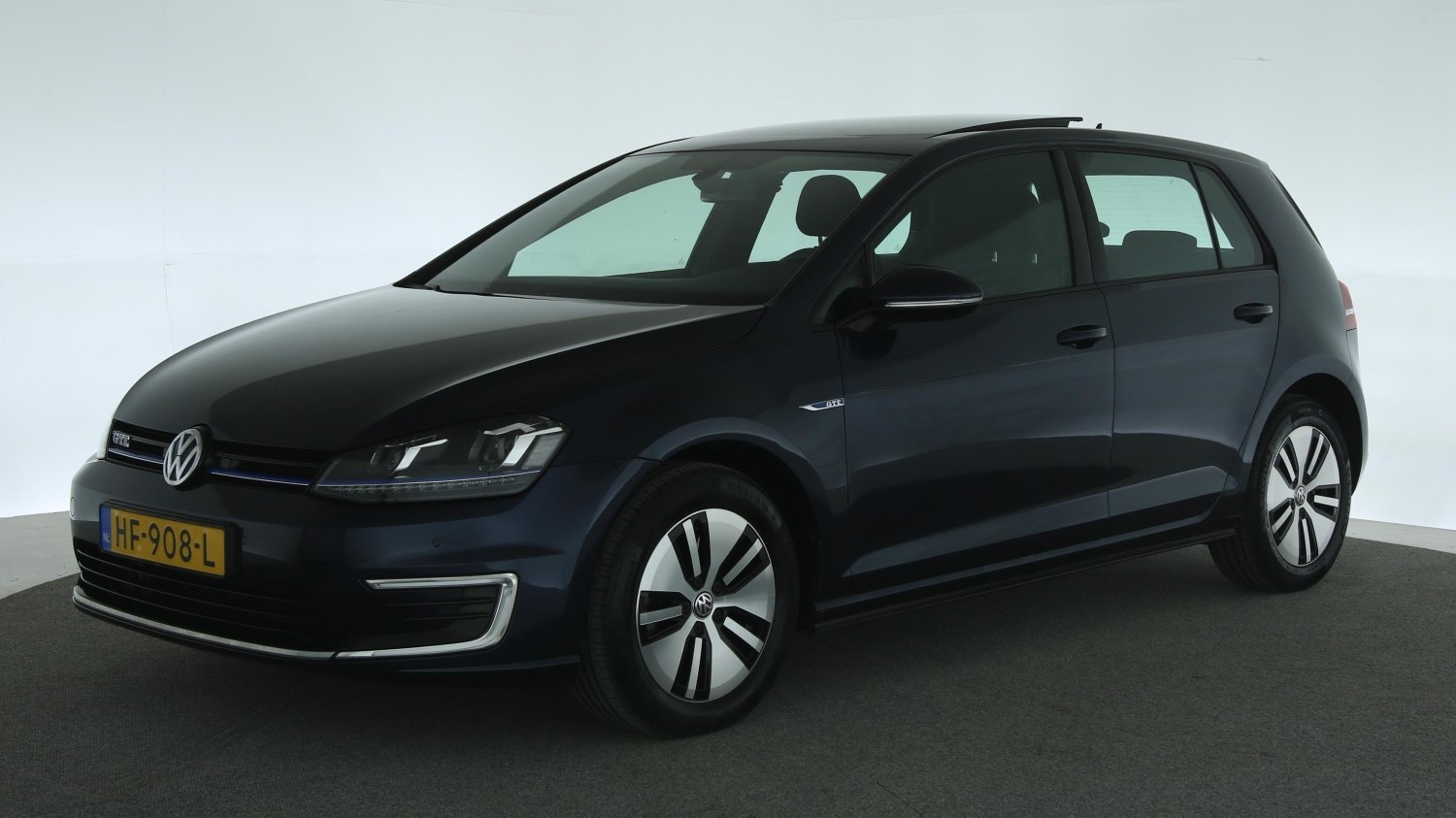 Volkswagen Golf Hatchback 2015 HF-908-L 1
