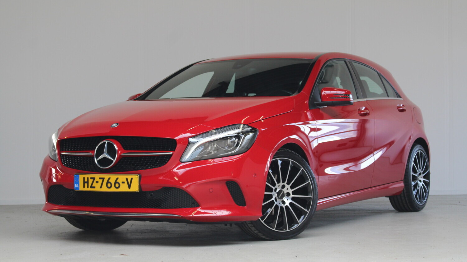 Mercedes-Benz A-klasse Hatchback 2016 HZ-766-V 1