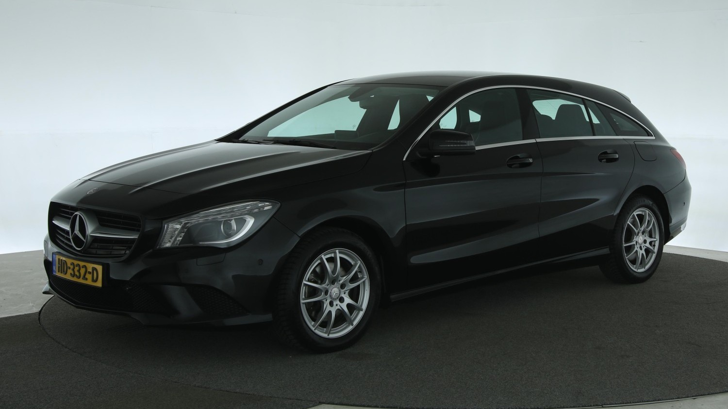 Mercedes-Benz CLA-klasse Station 2015 HD-332-D 1