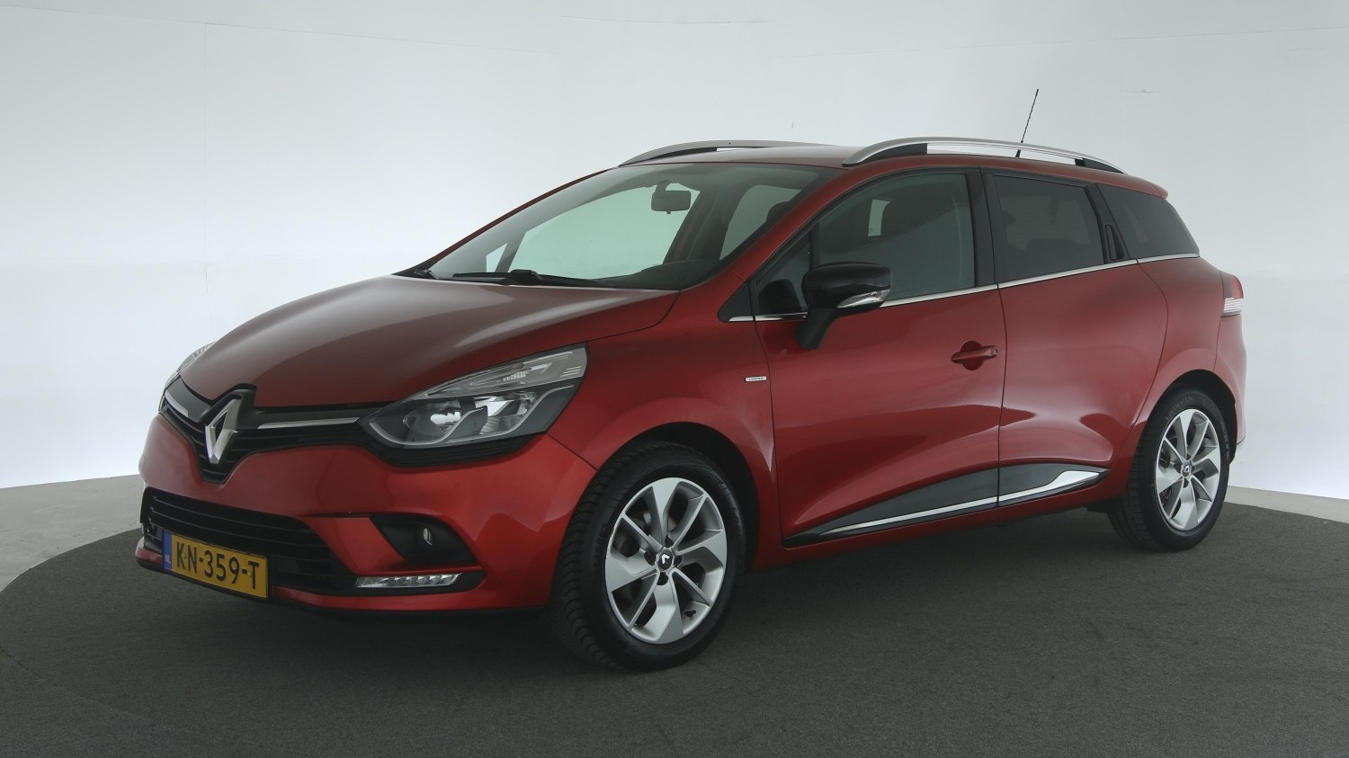 Renault Clio Station 2016 KN-359-T 1