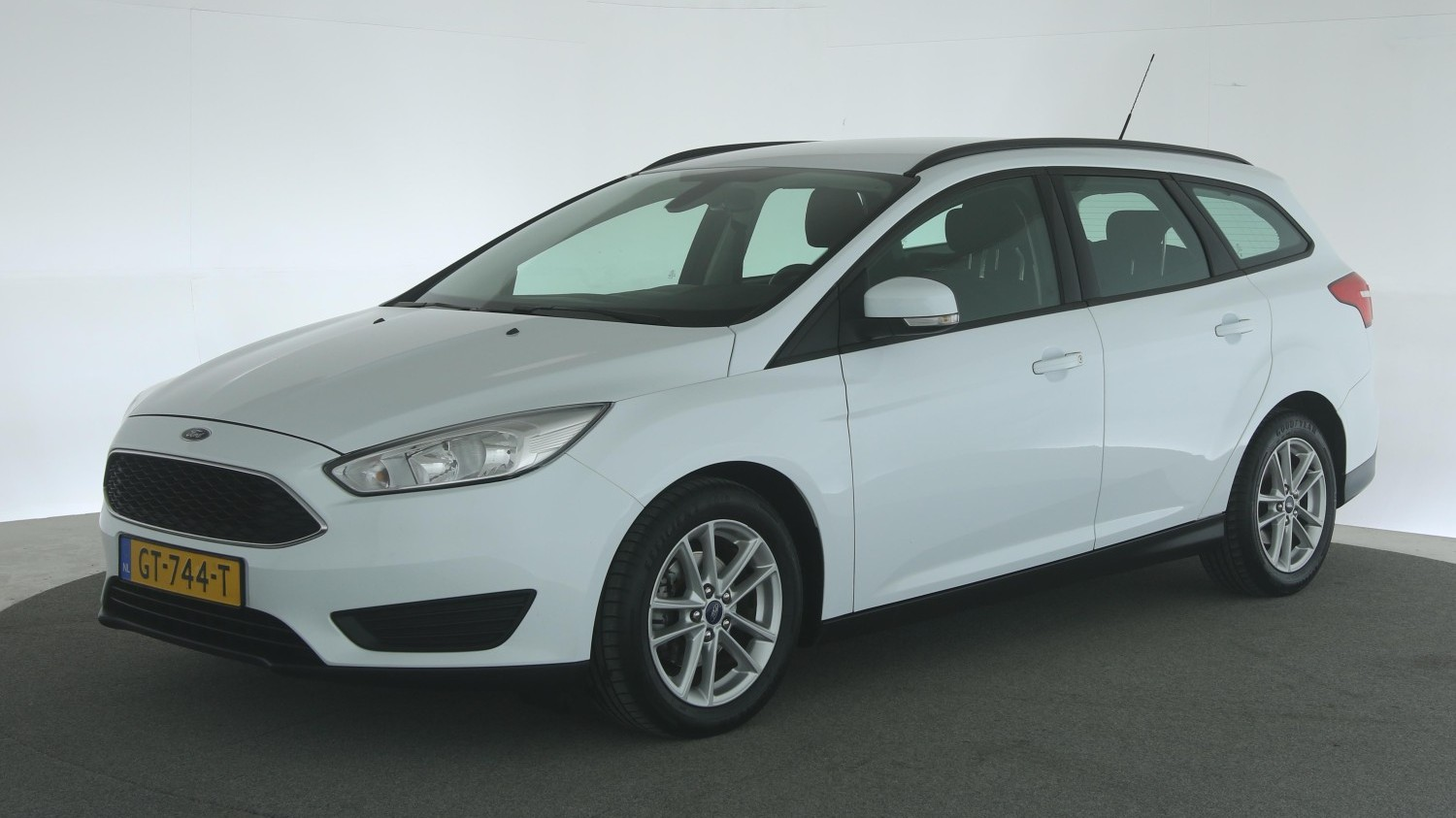 Ford Focus Station 2015 GT-744-T 1
