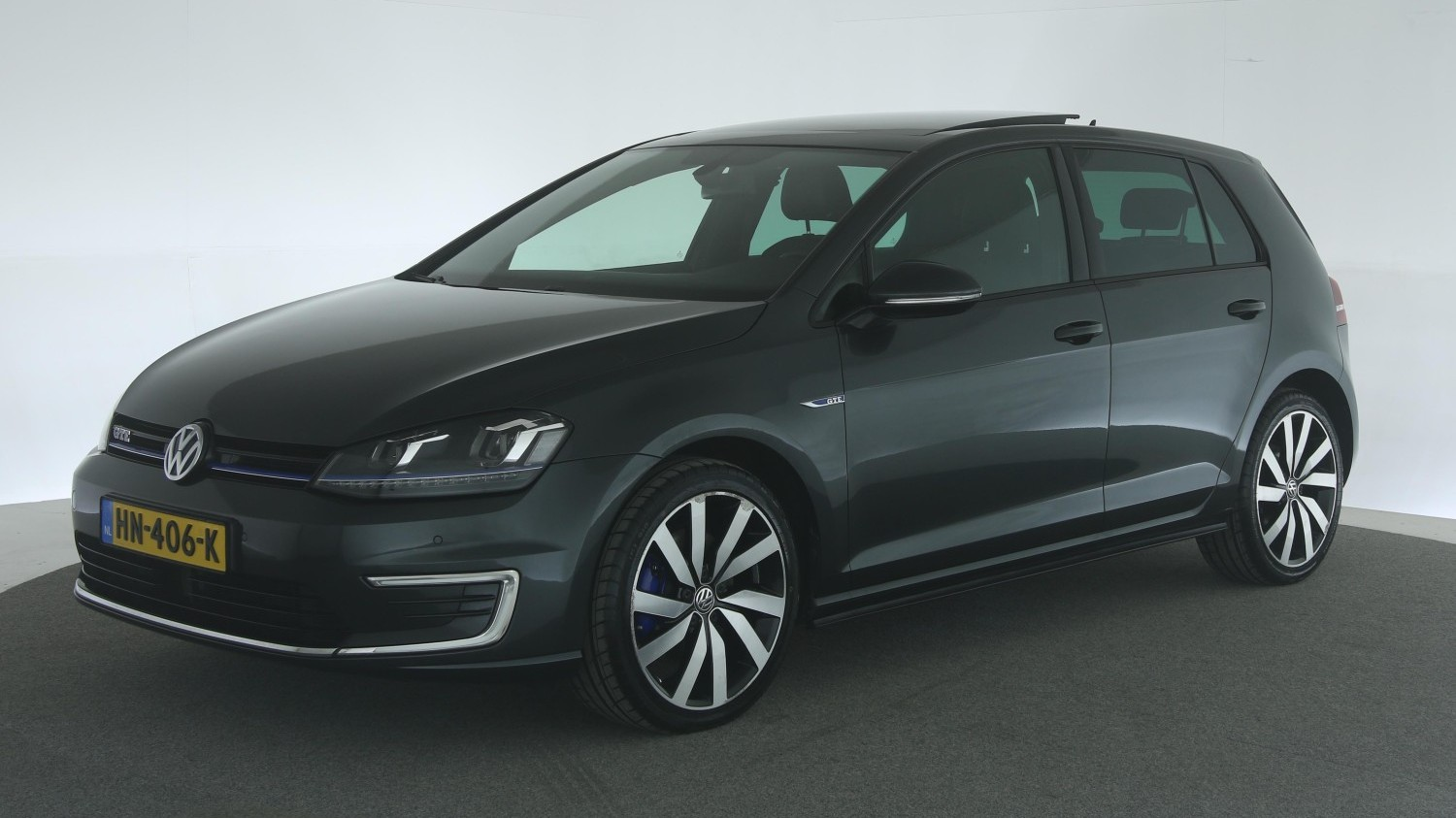Volkswagen Golf Hatchback 2015 HN-406-K 1