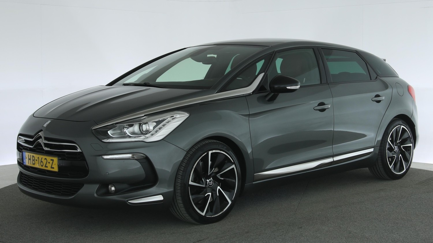 Citroen DS5 Hatchback 2013 HB-162-Z 1