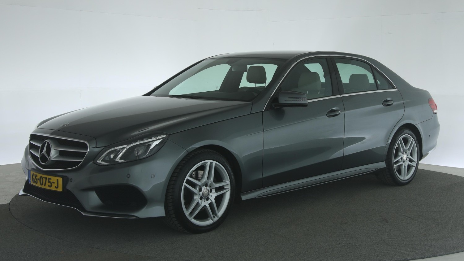 Mercedes-Benz E-Klasse Sedan 2015 GS-075-J 1