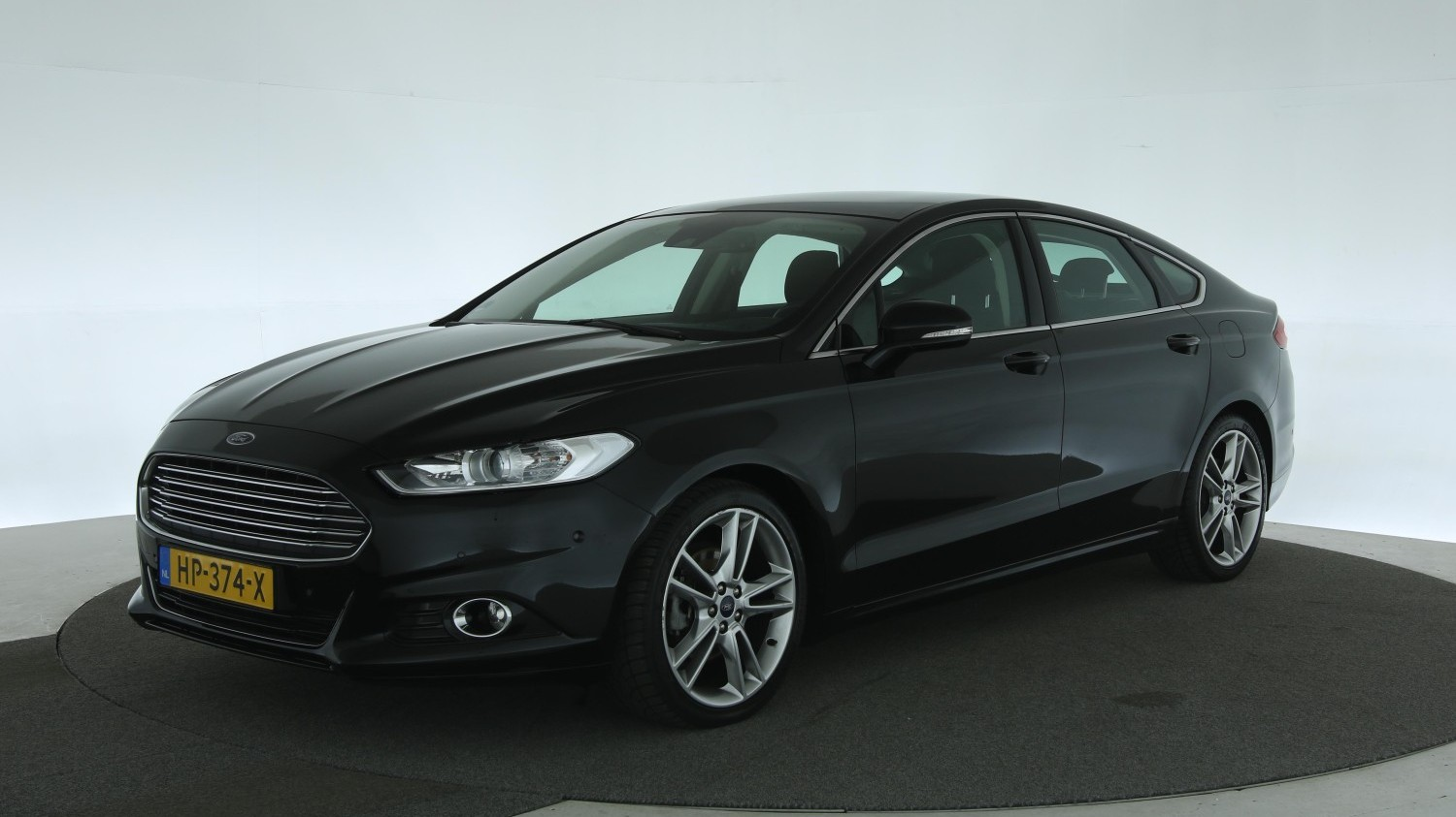 Ford Mondeo Hatchback 2015 HP-374-X 1