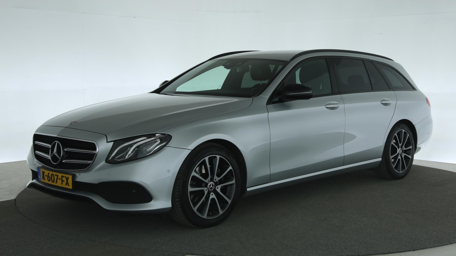 Mercedes-Benz E-Klasse Station 2017 K-607-FX 1