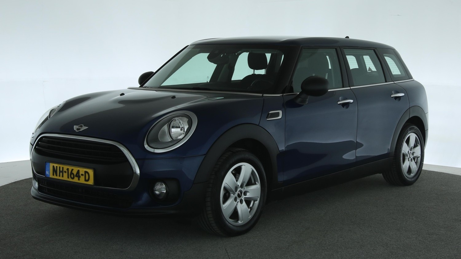 Mini Clubman Station 2017 NH-164-D 1