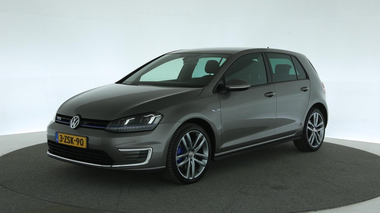 Volkswagen Golf Hatchback 2015 3-ZSK-90 1