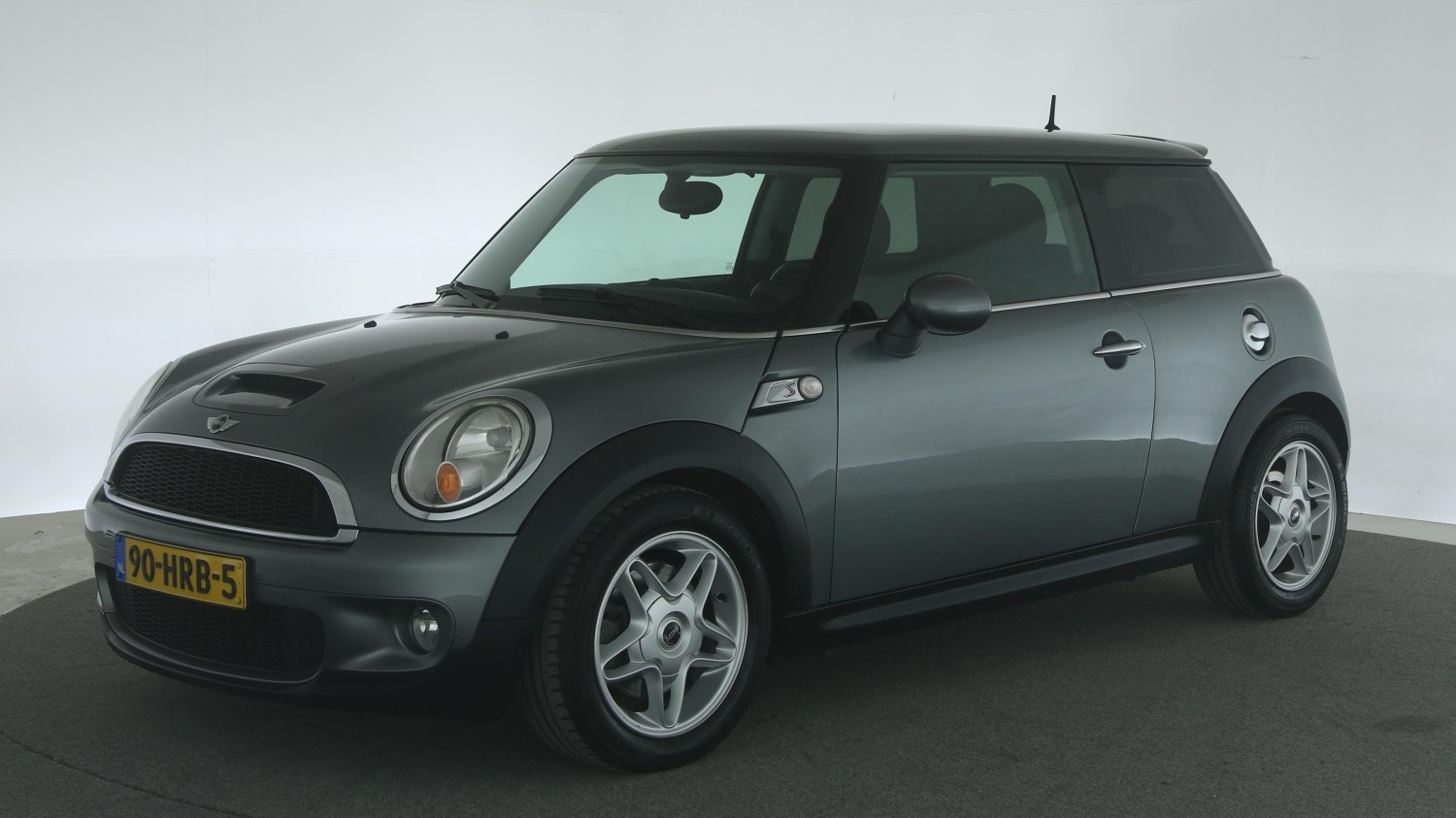 Mini Cooper S Hatchback 2009 90-HRB-5 1