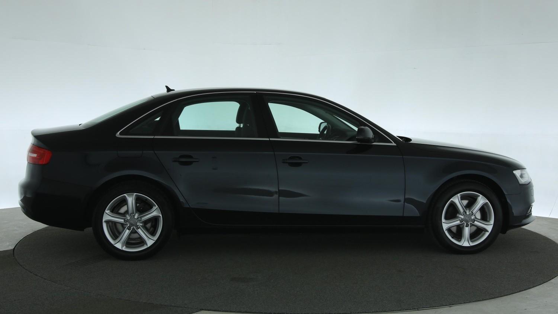 Audi A4 Sedan 2015 GJ-233-T 1