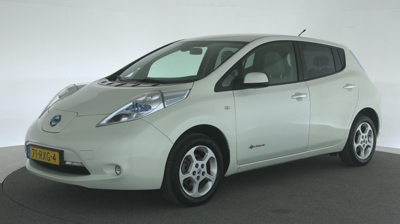 Nissan Leaf Hatchback 2011 71-RXG-4 1