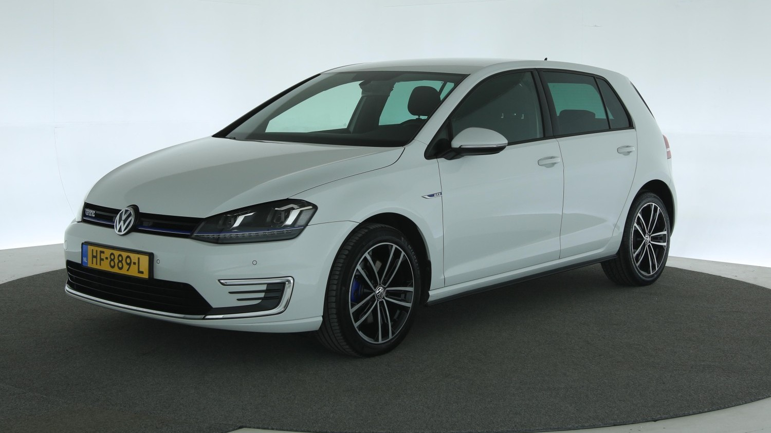 Volkswagen Golf Hatchback 2015 HF-889-L 1
