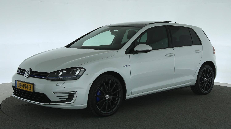 Volkswagen Golf Hatchback 2015 JB-494-Z 1