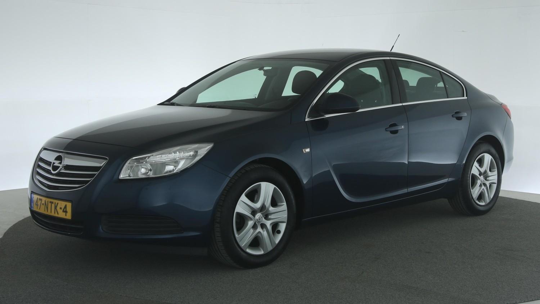 Opel Insignia Hatchback 2010 47-NTK-4 1